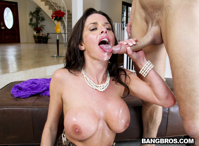 Veronica avluv squirting vulva